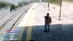 ترکیه   نجات یک زن خودکشی در ایستگاه مترو  به سوی جهنم...