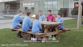 مصاحبه صمیمی لئو مسی بازیکنان آکادمی بارسلونا