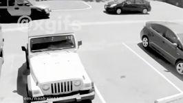 پارک کردن جای پارک ماشین خانم عصبانی شدن راننده خانم