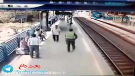 نجات فرد در هنگام خودکشی در ایستگاه قطار