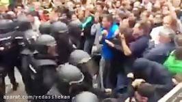 سرکوب مردم جدایی طلب در روز رفراندوم جدایی اسپانیا
